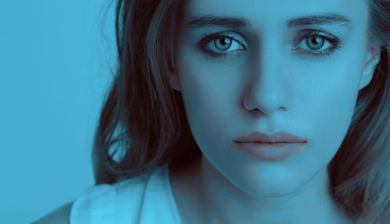 sad-girl-1382940_1920 (1)
